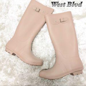 West Blvd Blush Pink Rain Boots 11